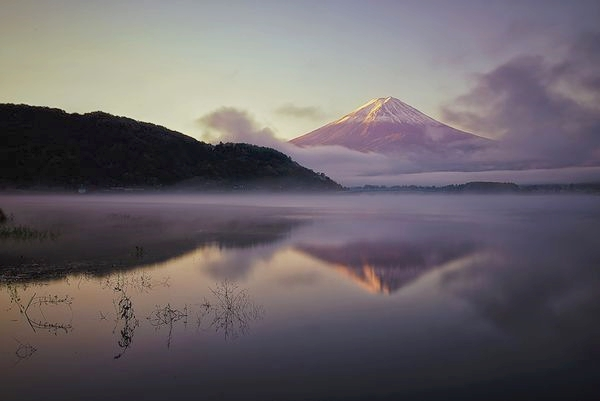 0_sunrise-fujigoko-japan_74686_600x450