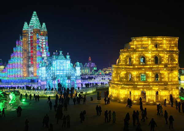 China - Giant Ice Sculpture Night2
