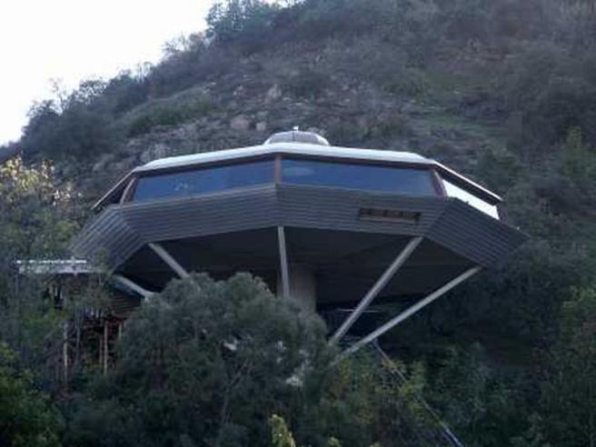 Saucer House