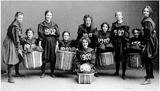 first women's basketball team, Smith College