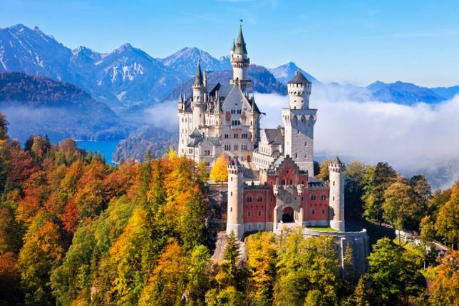 Castle, Fascinating Places in the World, FB
