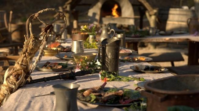 Thanksgiving DinnerA, 1st, NatGeo-crop