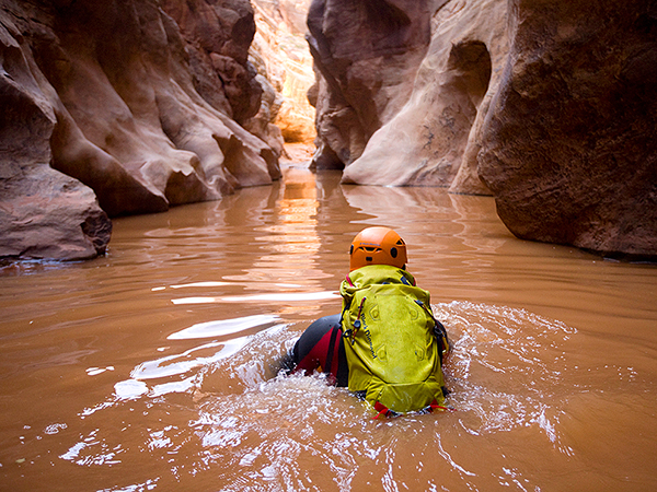Most Thrilling Hikes In The World – White Canyon, Utah ...