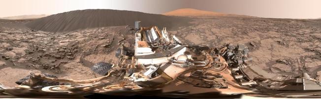Mars, 360 Panorama, Sand Dunes, NatGeo
